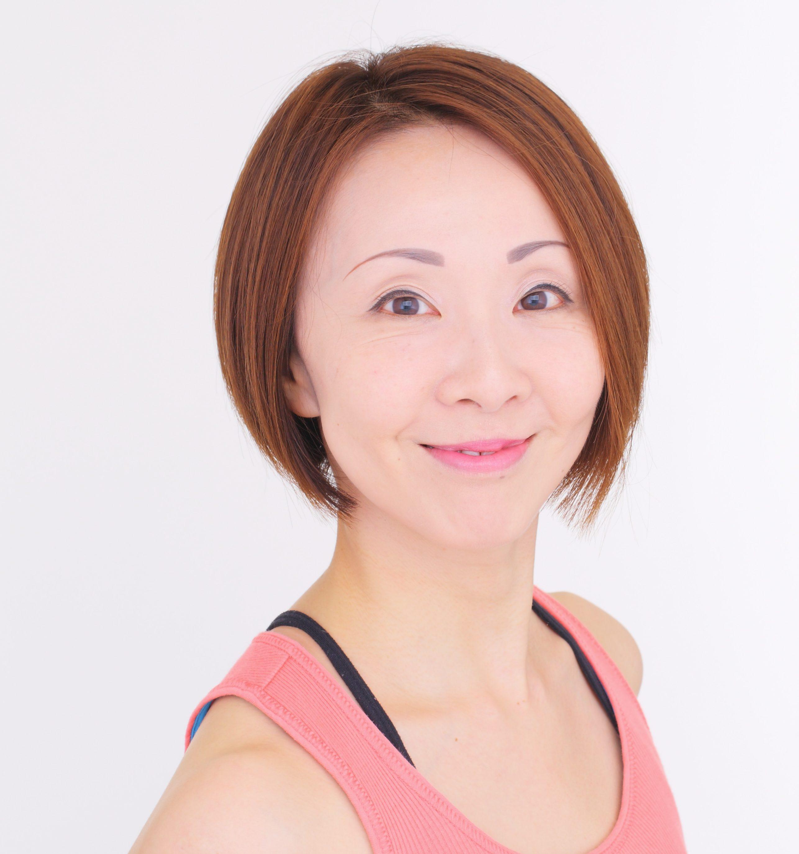 Yasuyo(バー・アスティエ、ジャイロキネシス/代講講師)